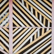Maison en bois. Guyane. Maripasoula. Géométrie.