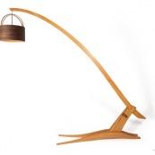 Mobilier design contemporain en bois massif de Guyane. Meuble. Marque DISSI. Lampe en Manil.