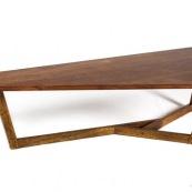 Mobilier design contemporain en bois massif de Guyane. Meuble. Marque DISSI. table basse en Wacapou.