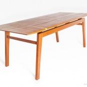 Table design contemporain en bois massif (Wacapou et Manil). Marque DISSI. Guyane.