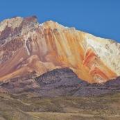 Bolivie Montagne altiplano ocre belles couelurs.