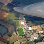 Vue de Valence d'Agen depuis un planeur. Vue aerienne.