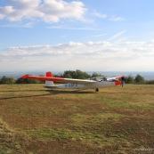 Aeroclub de la montagne noire.  Vol a voile.  Aeroclub. Aerodrome. Planeur Breguet 902 au decollage. Biplace.