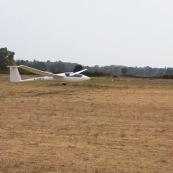 Aterrissage d'un planeur a Moissac.