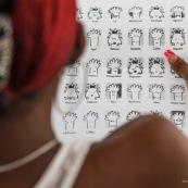 Portraits. Guyane. Cultures multiculturalite. Populations. Peuples. Couleurs de peau varié. En apprentissage FLE (francais langue etrangere). Formation. Cours. Equinoxe formation. Professeur et eleves. Humeur.