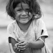 Portrait de petite fille enfant.