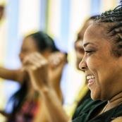Portraits. Guyane. Cultures multiculturalite. Populations. Peuples. Couleurs de peau varié. En apprentissage FLE (francais langue etrangere). Formation. Cours. Equinoxe formation. Professeur et eleves.