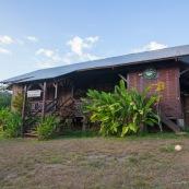 Gite akenou a Saul en Guyane.  Hebergement, tourisme, chambres. Village a l'interieur de la Guyane.