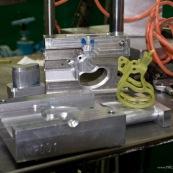 Process de moulage en cire perdue. Moulage acier. Piece de roller systeme de freinage diabolo. A Taiwan. Moule pour la cire, en aluminium.