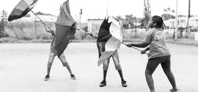 «de l'Art dans le Vent» : projet photographique avec la classe ULIS de l'école Bernude de Cayenne
